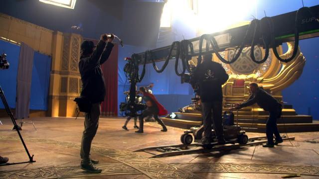 雷神索爾3:諸神黃昏 數位珍藏版花絮-進入神祕的旅程 線上看