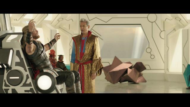 雷神索爾3:諸神黃昏 數位珍藏版花絮-刪減片段:穿越蟲洞 線上看