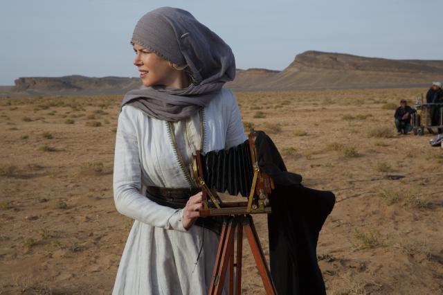 沙漠女皇:燦爛年代劇照 2