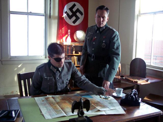 殺死希特勒的42種方法劇照 1