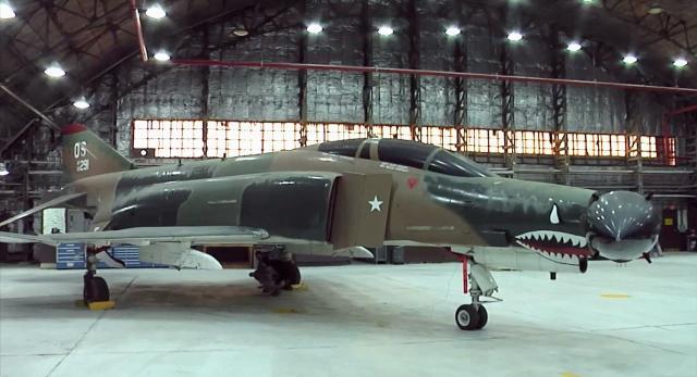 空中戰士 第六季第3集【F-4幽靈戰鬥機】 線上看
