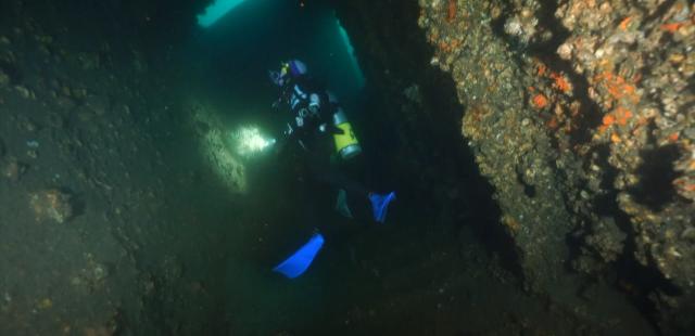 水下三十米 第三季 第7集劇照 1