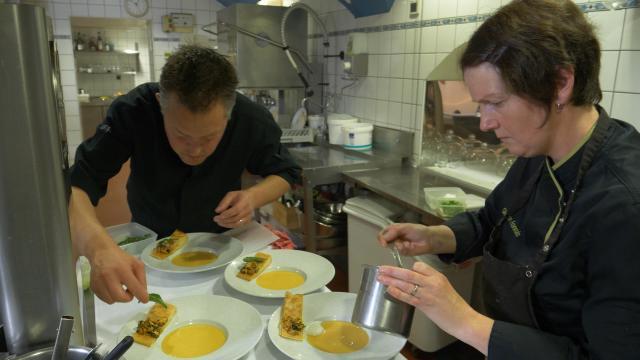 舌尖上的法國:阿爾卑斯山料理劇照 2