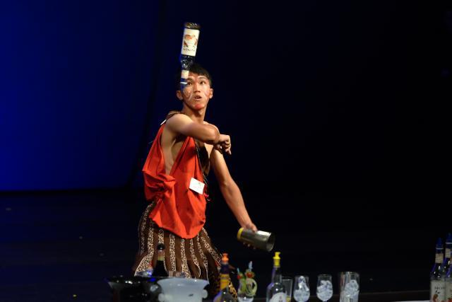 鬥瓶子劇照 4