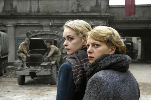 柏林的女人劇照 1