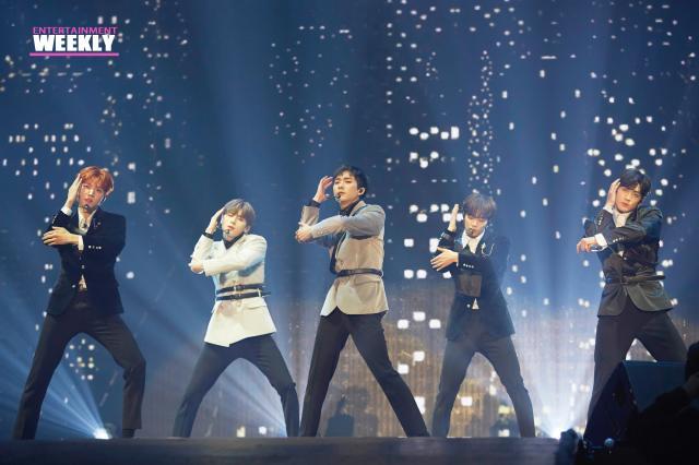 韓國娛樂週刊NU'EST《L.O.Λ.E PAGE》 線上看