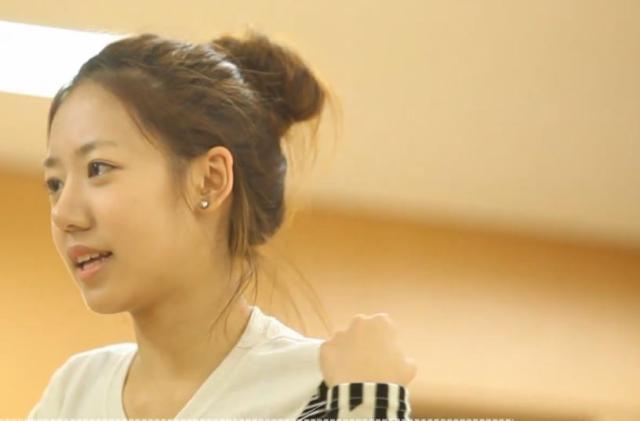 Apink甜蜜新聞 第二季第7集【釜山粉絲簽名會】 線上看