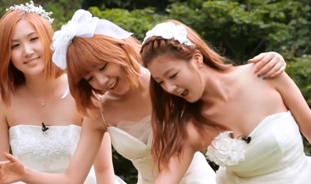 Apink甜蜜新聞 第三季第6集【遊樂園一日遊】 線上看