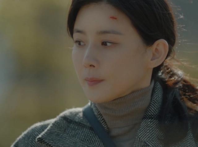 韓國娛樂週刊 李寶英《我的上流世界》劇照 1