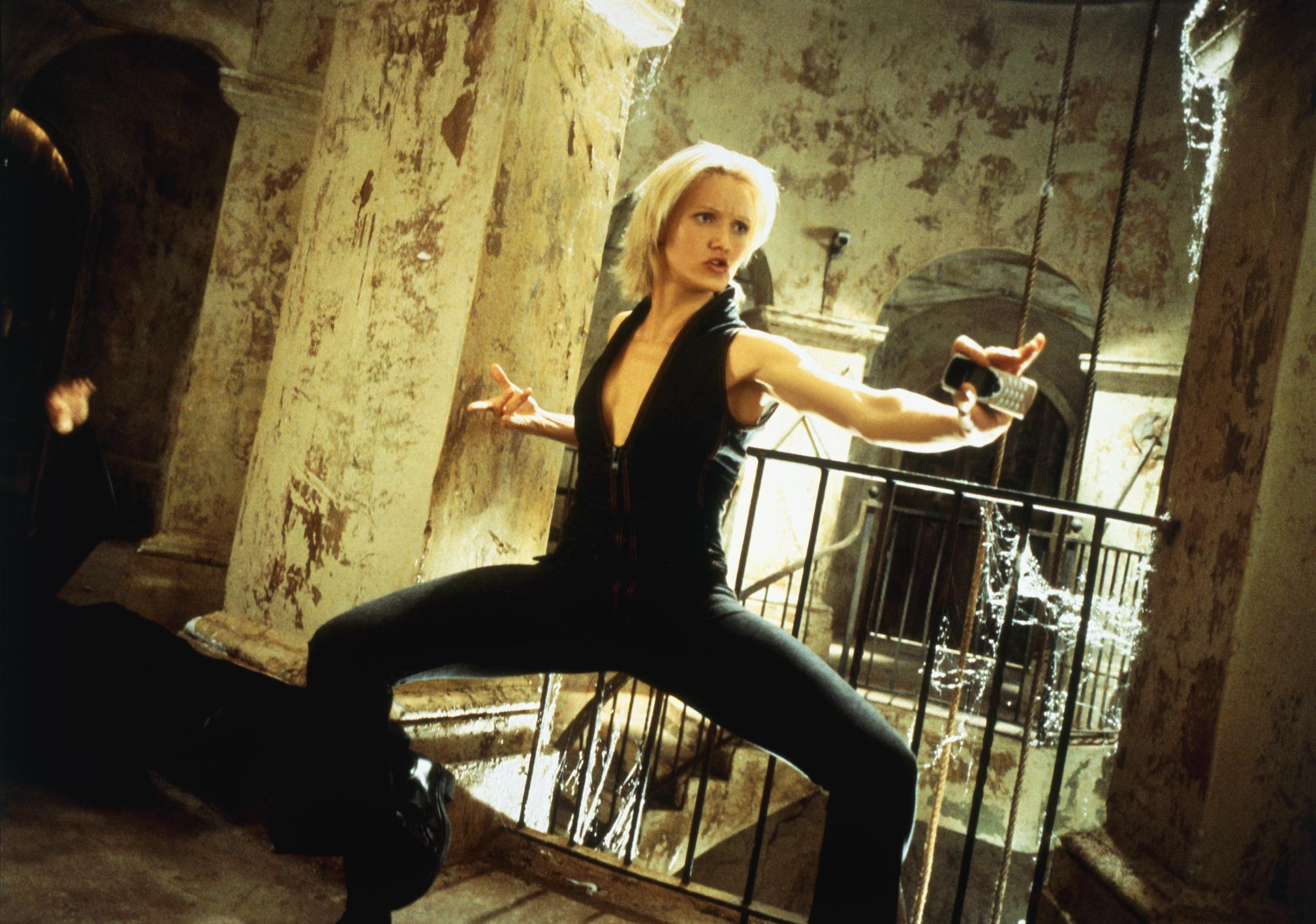 霹靂嬌娃(2000)劇照 1