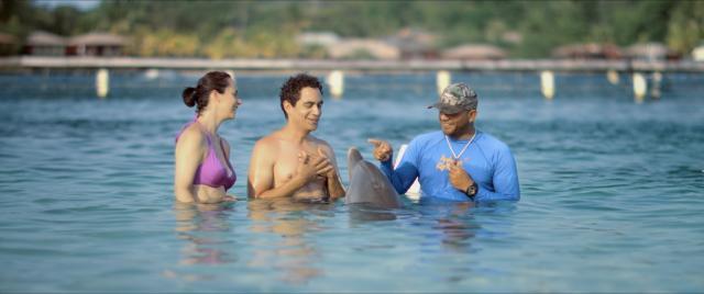 讓愛留在加勒比海劇照 5