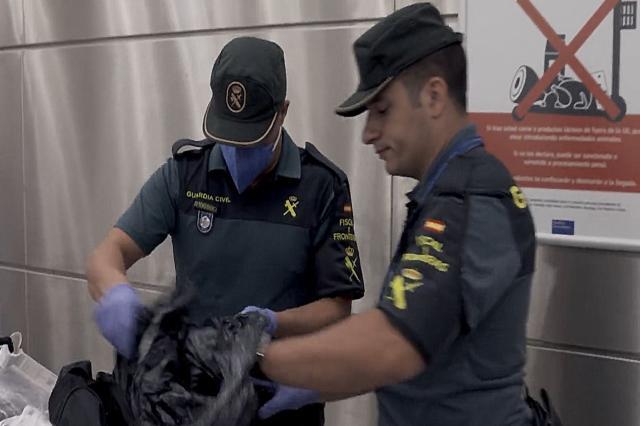 西班牙邊境護衛隊 第8集劇照 1