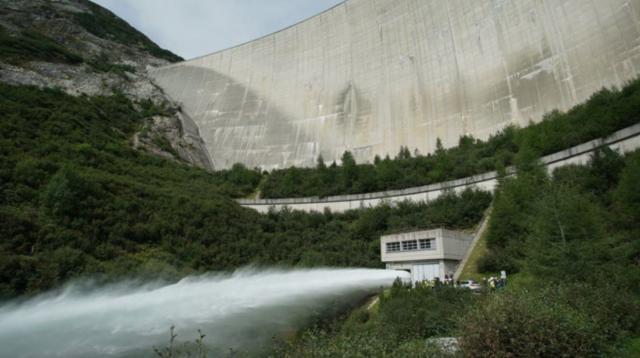 理查哈蒙玩很大第3集【奧地利超級水壩】 線上看