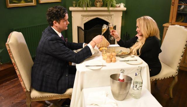 到美國結婚去:話說從頭 第三季第12集【心之所屬】 線上看