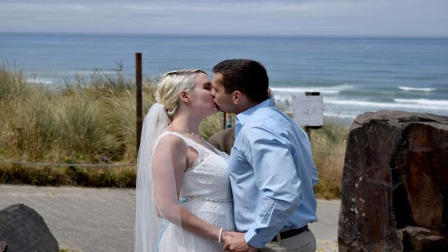 到美國結婚去 第七季第12集【舉棋不定】 線上看