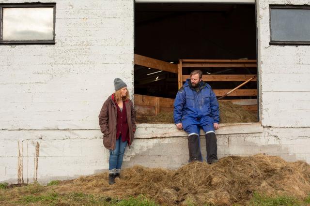 進擊的農婦劇照 2
