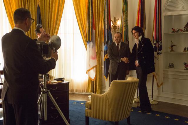 當貓王碰上總統劇照 4