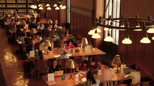 悅讀:紐約公共圖書館劇照 1