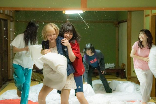 騷亂時節的少女們劇照 5