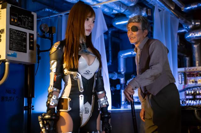 鋼鐵女孩:最後戰役預告片 01