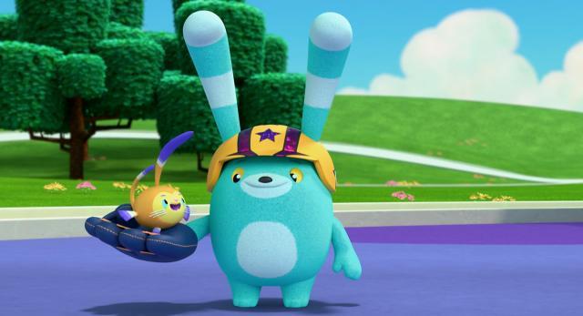 小艾比與毛毛寶 第一季第13集【捲捲和襪子娃娃】 線上看