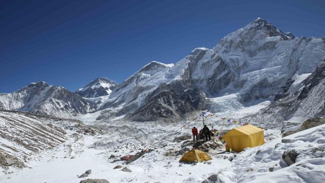 聖母峰:眾神的山嶺劇照 3